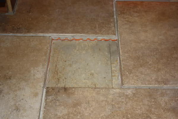 how to cut a narrow piece of tile
