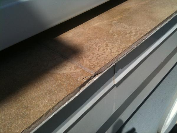 Deck Tile Leaching And Staining Drip Edge Ceramic Tile