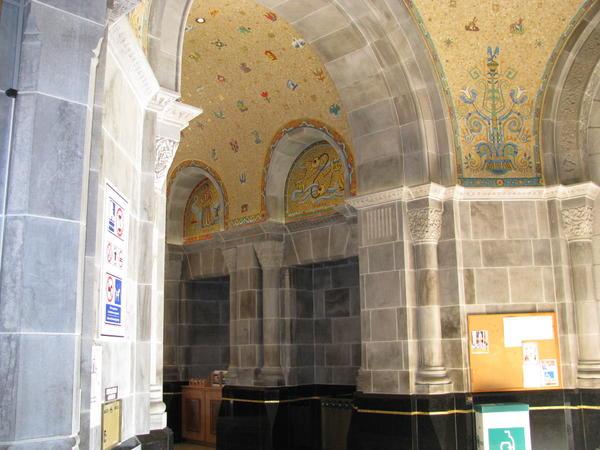Name:  St. Andre de Beaupre shrine 035.jpg Views: 52 Size:  48.3 KB