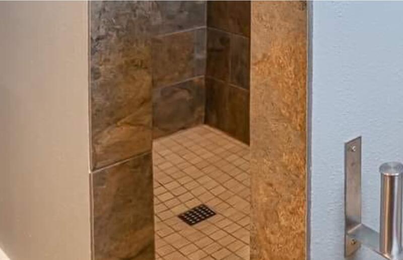 Name:  flipper shower.jpg Views: 535 Size:  34.0 KB