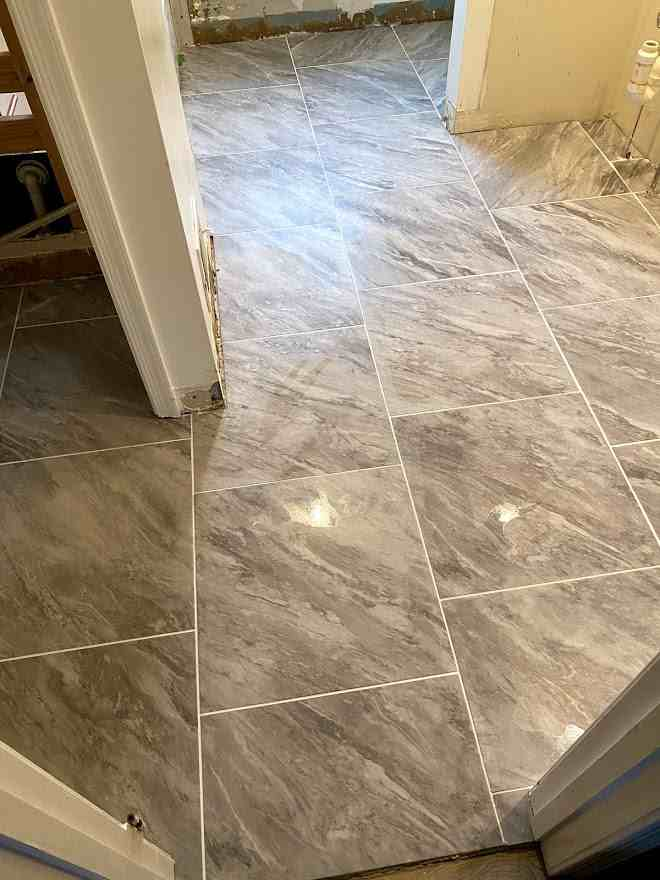 Name:  grouting finished 2.jpg Views: 48 Size:  38.3 KB