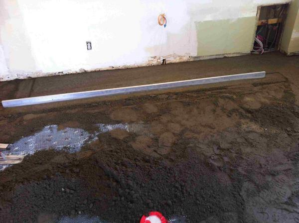 Name:  Mud bed as per hundreds of years ago 10.jpg Views: 545 Size:  37.6 KB