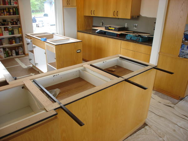 Tile kitchen countertop what to do around stove and for Cantilever counter support