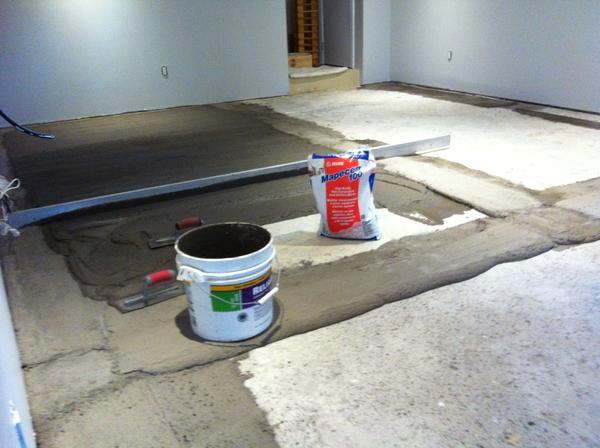 Name:  Floor prep  -- Mapecem 100 017.jpg Views: 364 Size:  36.6 KB