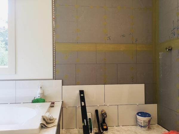 Name:  shower tile.jpg Views: 156 Size:  22.4 KB